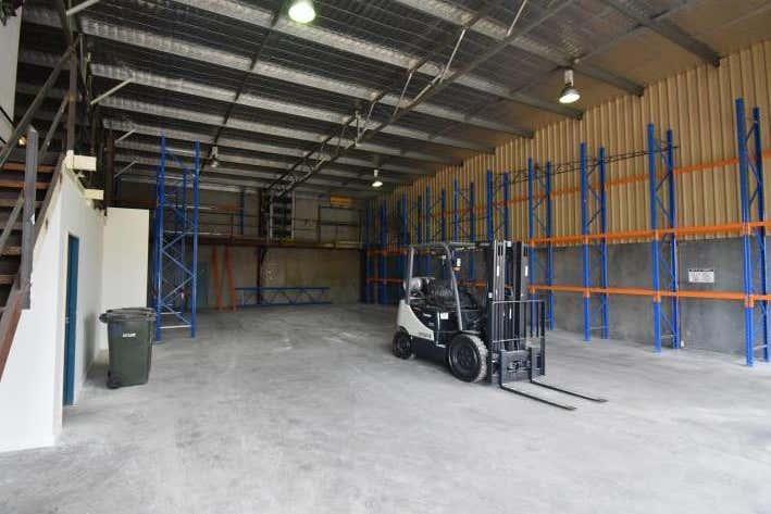 Unit 2, 28 Glenwood Drive Thornton NSW 2322 - Image 2