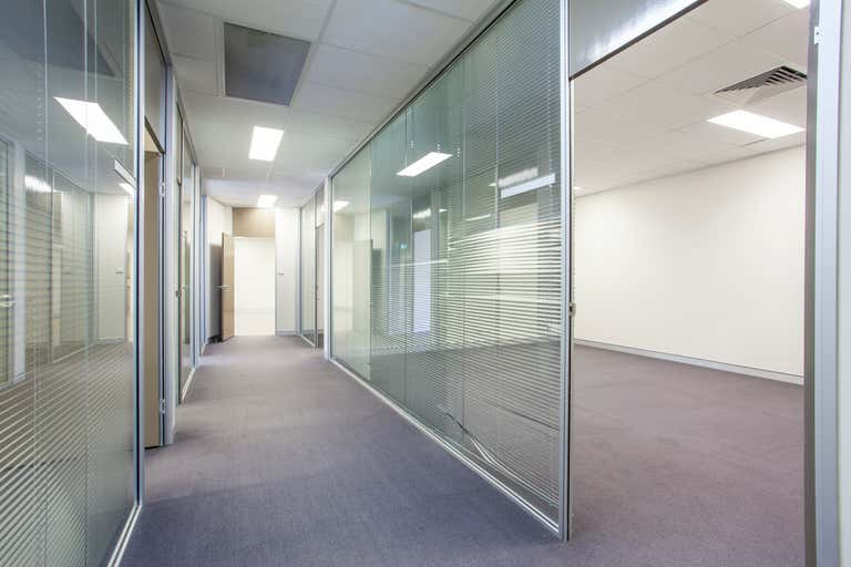 1/555 High Street Maitland NSW 2320 - Image 2