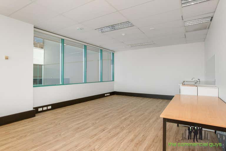 4G/33 King St Caboolture QLD 4510 - Image 4