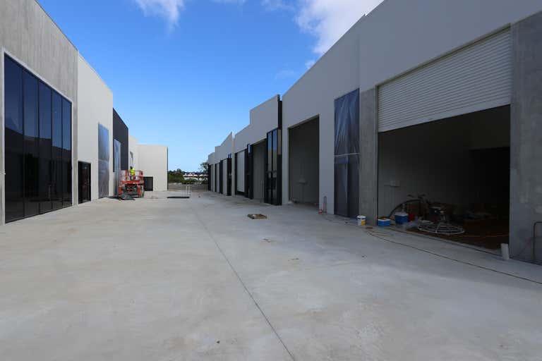 7/15 Ramly Drive Burleigh Heads QLD 4220 - Image 1