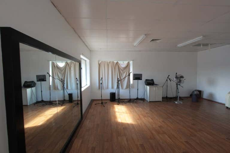 FIRST FLOOR OFFICE SPACE IN CENTRAL NORTH PERTH, 17 Howlett Street North Perth WA 6006 - Image 4