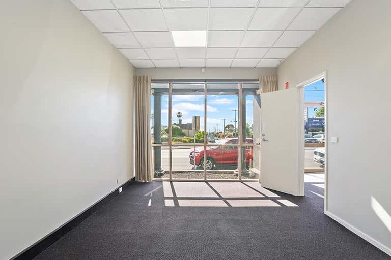 71 Pakington Street Geelong West VIC 3218 - Image 4