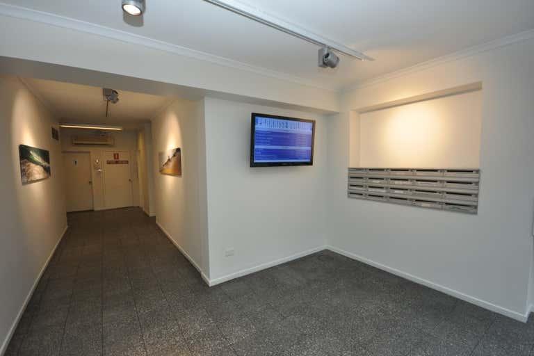 Parkrise, Suite 18, 3 Alison Street Surfers Paradise QLD 4217 - Image 2