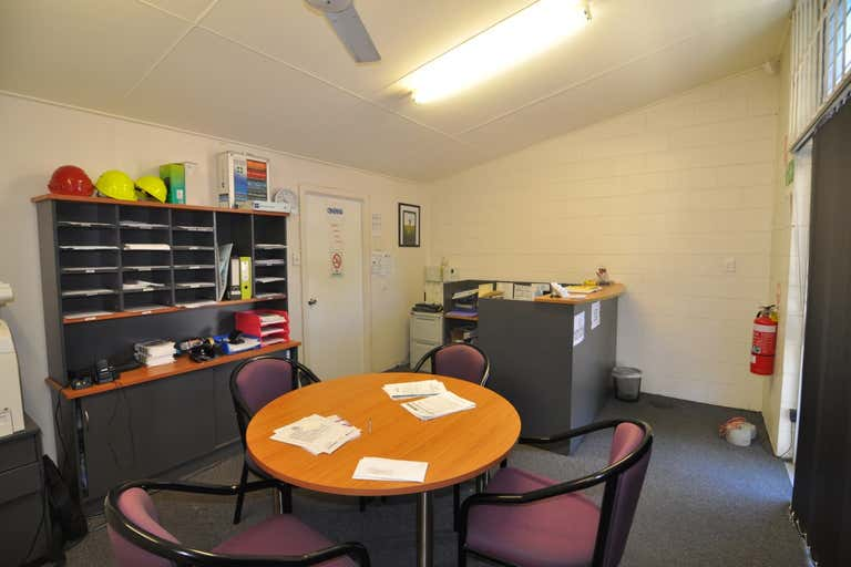 Unit 1, 45 Plume Street South Townsville QLD 4810 - Image 3