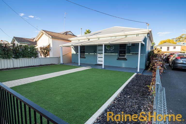 48 Carrington Avenue Dubbo NSW 2830 - Image 1