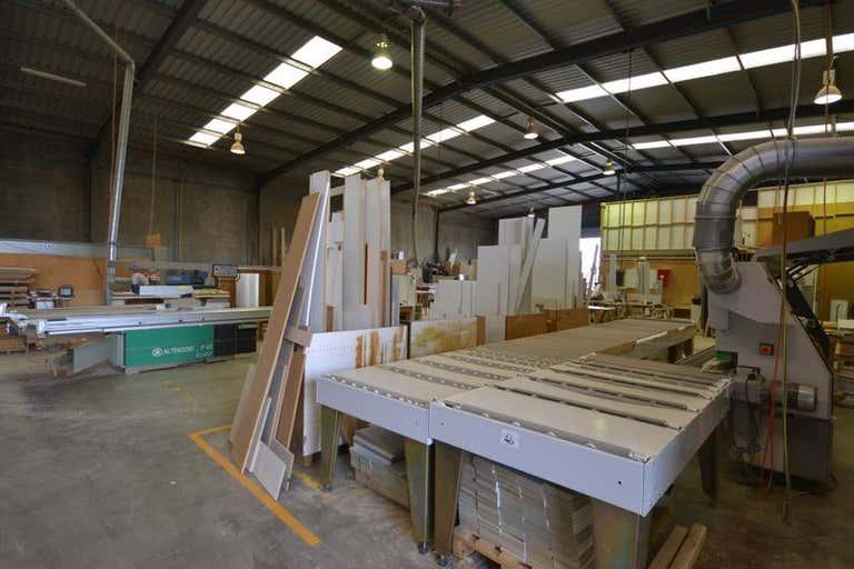 9 Tradewinds Court Glenvale QLD 4350 - Image 4