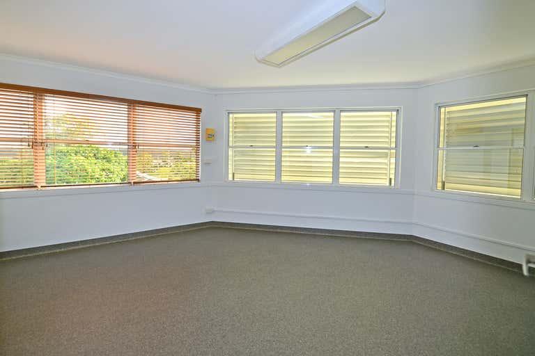 Suite 25/91 Poinciana Avenue Tewantin QLD 4565 - Image 2