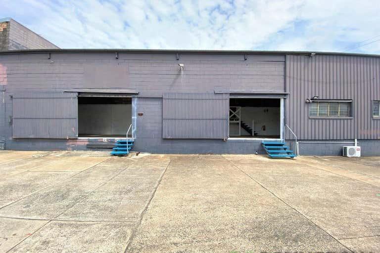 5/3 Bellevue Street Toowoomba City QLD 4350 - Image 2
