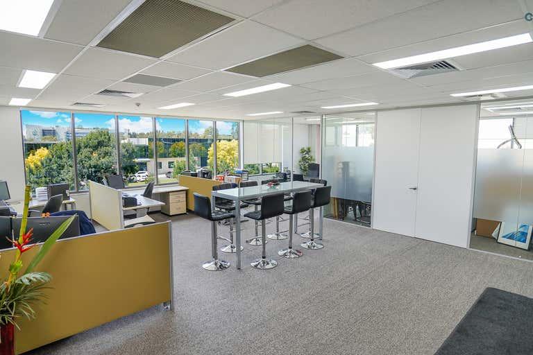 29.01, 6 Meridian Place Bella Vista NSW 2153 - Image 3