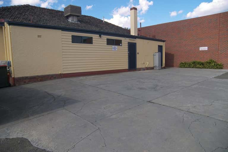 23 Short Street Bendigo VIC 3550 - Image 2