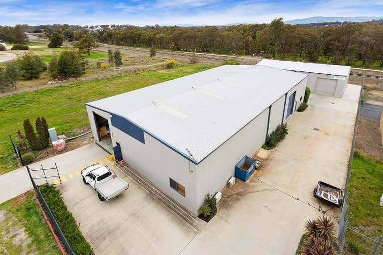 2 & 3, 18 Annette Crescent Lavington NSW 2641 - Image 1
