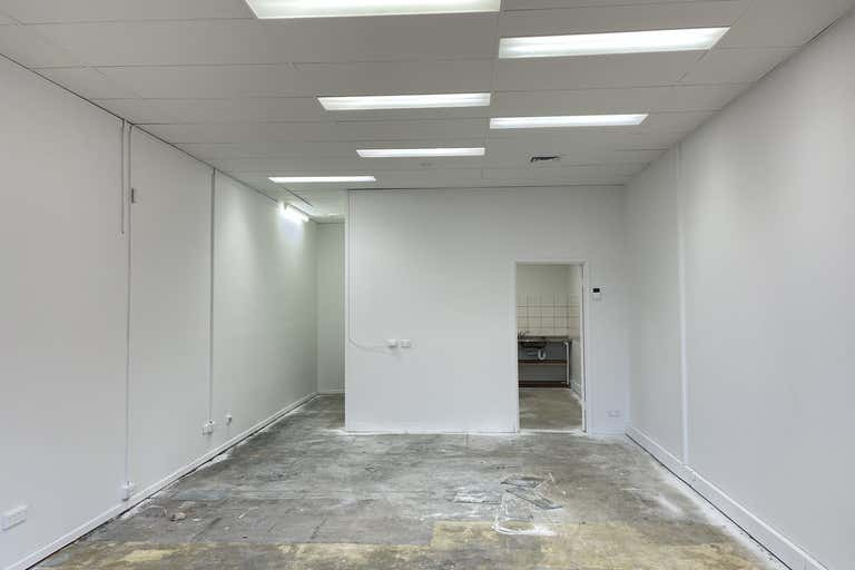 2/744 Gympie Road Chermside QLD 4032 - Image 2