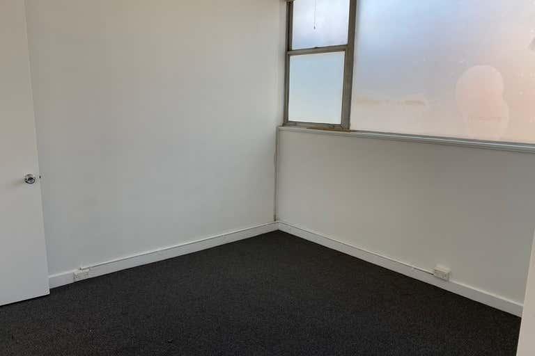 4/251 Latrobe Terrace Geelong VIC 3220 - Image 3