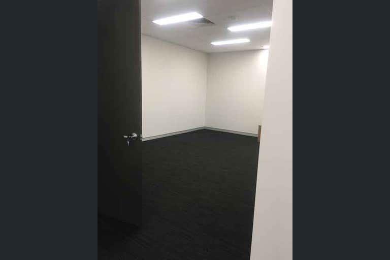 T4, 3, 45 - 49 Nind Street Southport QLD 4215 - Image 4