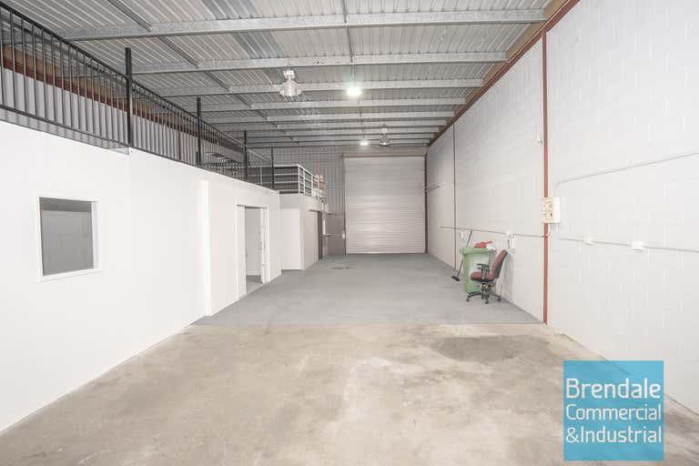 Unit 4, 2 Belconnen Cres Brendale QLD 4500 - Image 1