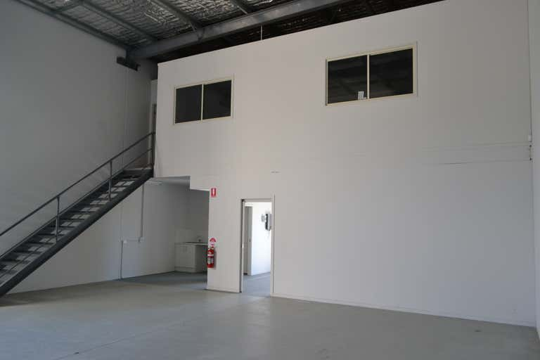 3/7-9 De Barnett Street Coomera QLD 4209 - Image 1