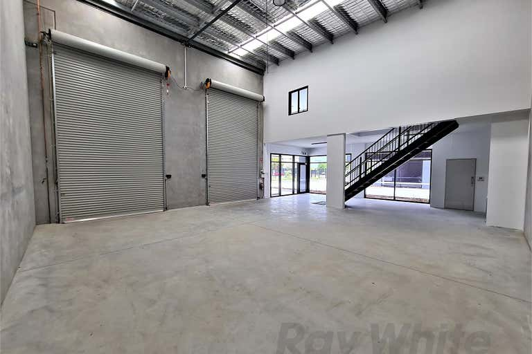 10/300 Lavarack Avenue Pinkenba QLD 4008 - Image 2