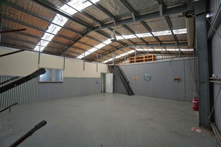 1/958 Carcoola Street North Albury NSW 2640 - Image 2