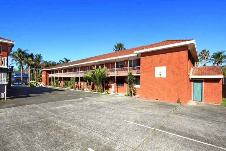 Thirroul Beach Motel, 222-226 Lawrence Hargrave Drive Thirroul NSW 2515 - Image 2