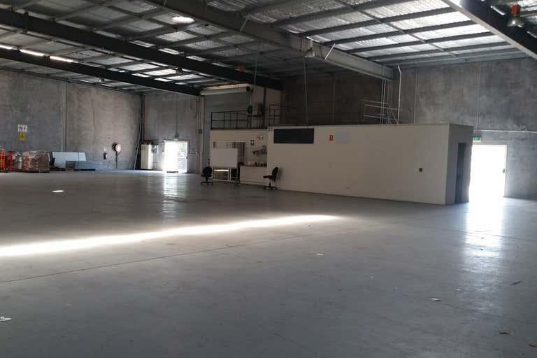 4 Machinery Avenue Warana QLD 4575 - Image 2