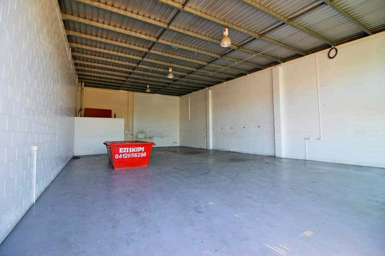 4/22 Hilldon Court Nerang QLD 4211 - Image 2