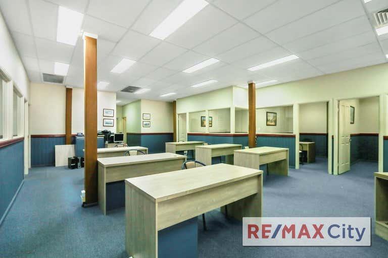 938 Logan Road Holland Park QLD 4121 - Image 3