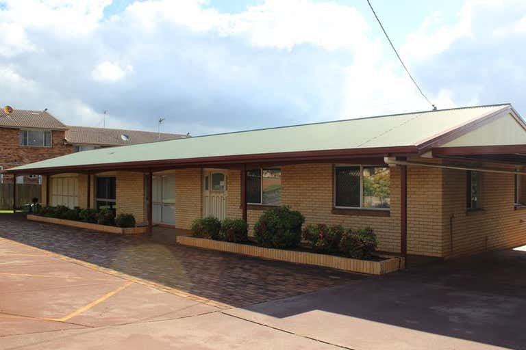907 Ruthven Street Kearneys Spring QLD 4350 - Image 2