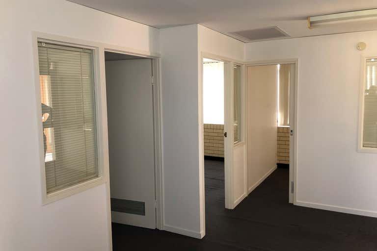 Studio 2, 14/29 Cinderella Drive Springwood QLD 4127 - Image 3