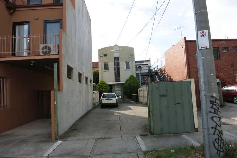 8 Lalor Street Port Melbourne VIC 3207 - Image 2