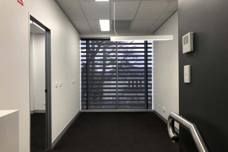Level 1, 3/8 Mowbray Terrace East Brisbane QLD 4169 - Image 4