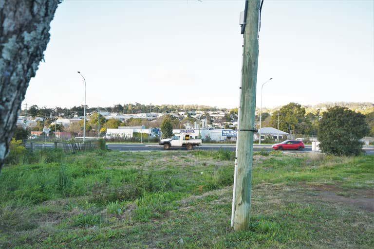 37 Mort Street Newtown QLD 4350 - Image 2
