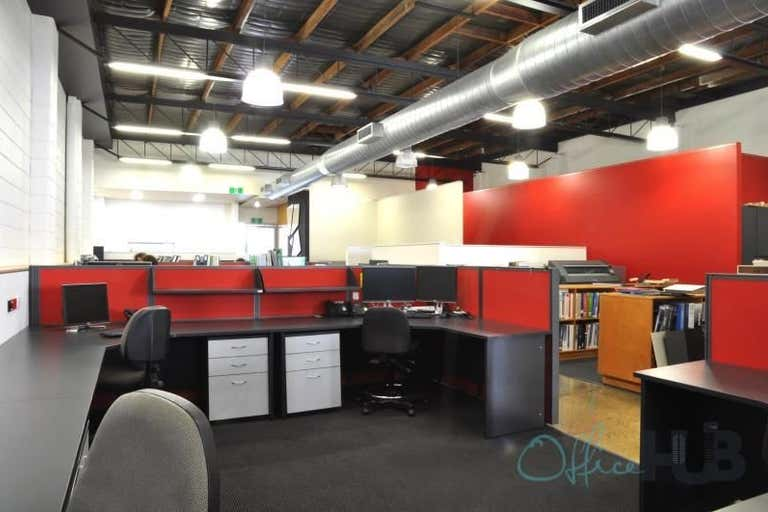 2/70 Robertson Street Fortitude Valley QLD 4006 - Image 2