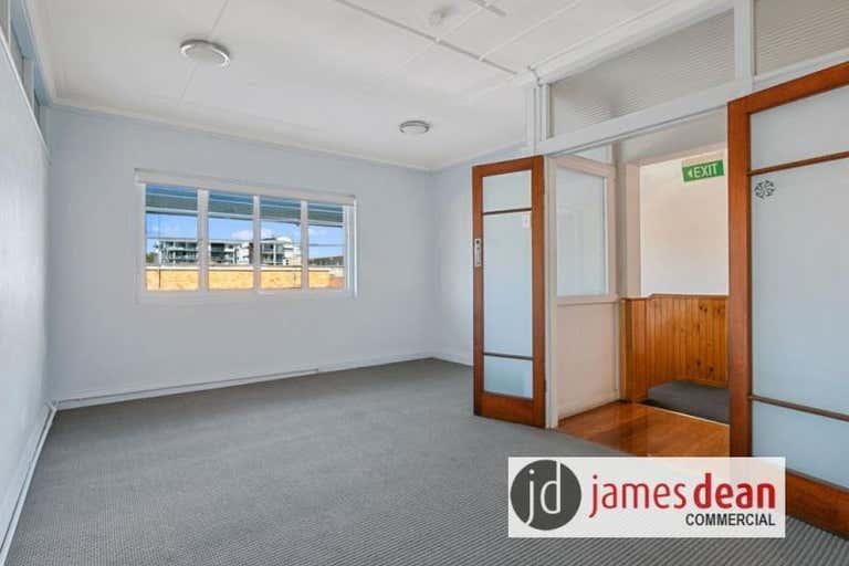 Suite 1, 123 Bay Terrace Wynnum QLD 4178 - Image 3
