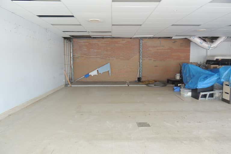 Shops 20-21/21 Hansford Road Coombabah QLD 4216 - Image 2