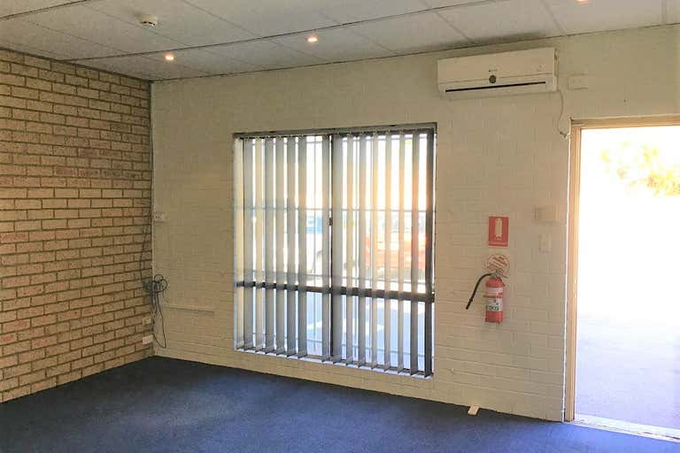 Unit 3, 36 John Street Bentley WA 6102 - Image 4