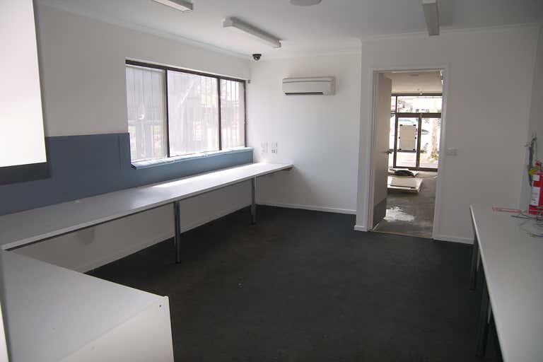 114 High Street Kangaroo Flat VIC 3555 - Image 3