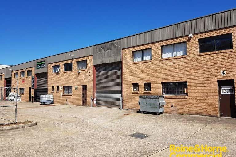 Unit 2, 7 Devon Road Ingleburn NSW 2565 - Image 1
