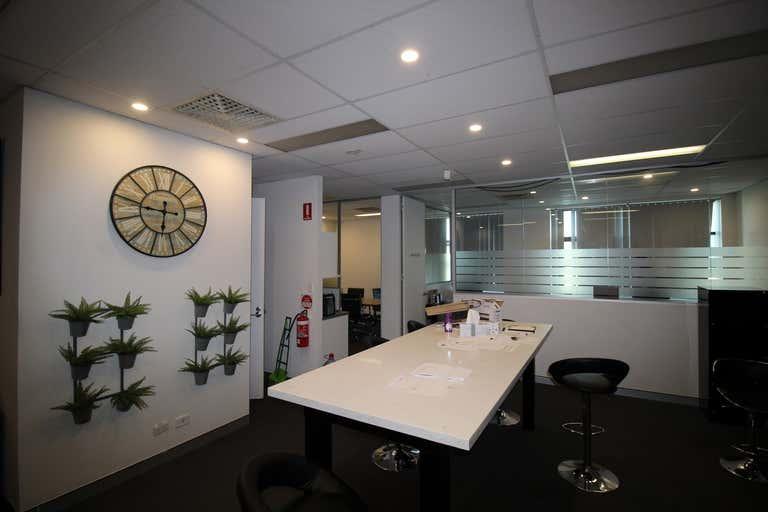 25/105A Vanessa Street Kingsgrove NSW 2208 - Image 3