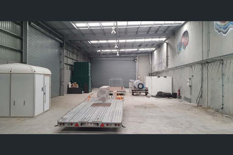 2/16 Mercantile Court Molendinar QLD 4214 - Image 2