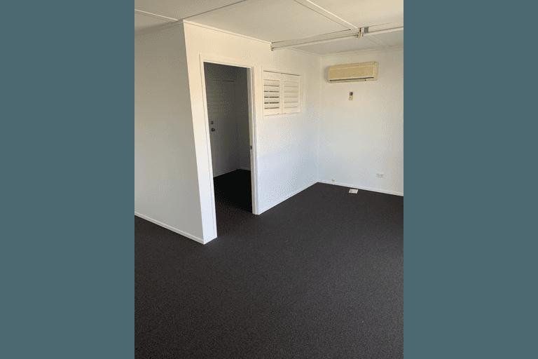 1A/139 Minjungbal Drive Tweed Heads South NSW 2486 - Image 4