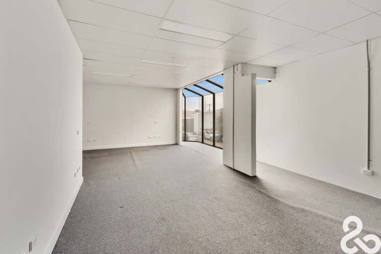 4/37-39 Lakeside Avenue Reservoir VIC 3073 - Image 4