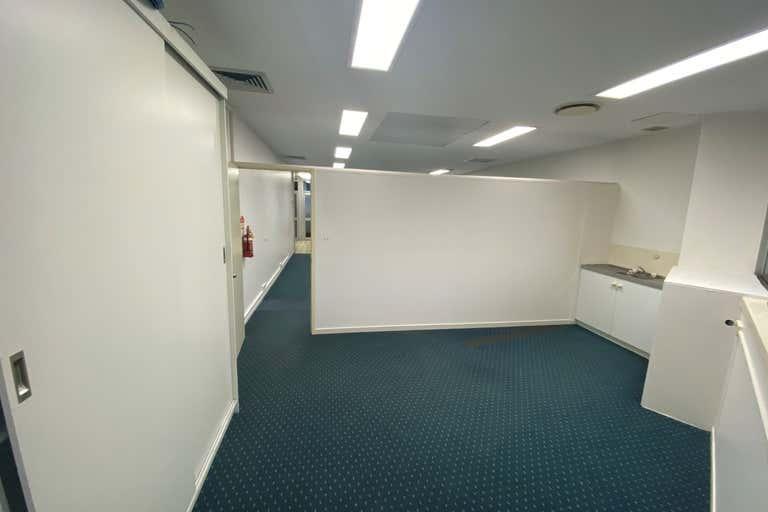 1a/ 45-47 Minchinton Street Caloundra QLD 4551 - Image 4