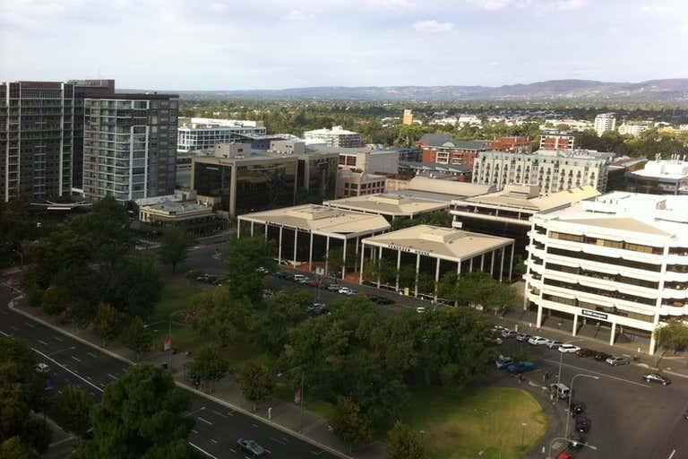 917/147 Pirie Street Adelaide SA 5000 - Image 4