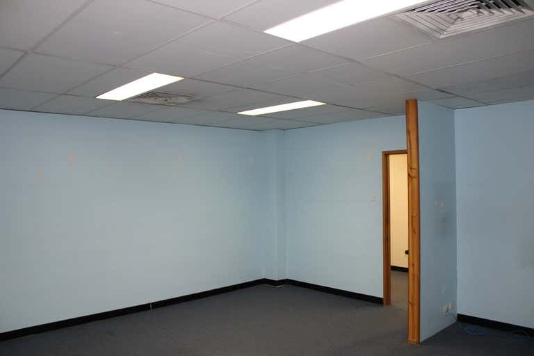 2/153 Denman Avenue Caringbah NSW 2229 - Image 2