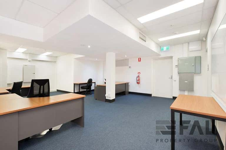 Suite, 244 St Pauls Terrace Fortitude Valley QLD 4006 - Image 4