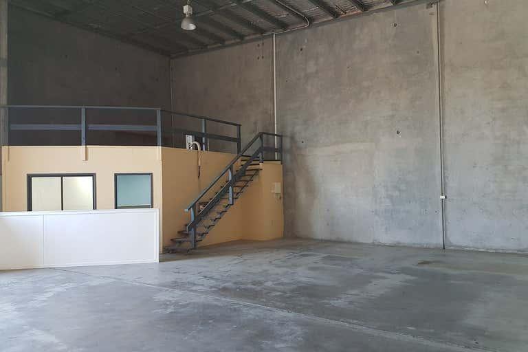 Unit 3, 35 Chapple Street Gladstone Central QLD 4680 - Image 2
