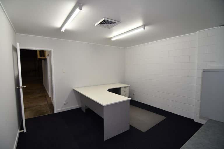 1/ 247 Ingham Road Garbutt QLD 4814 - Image 4
