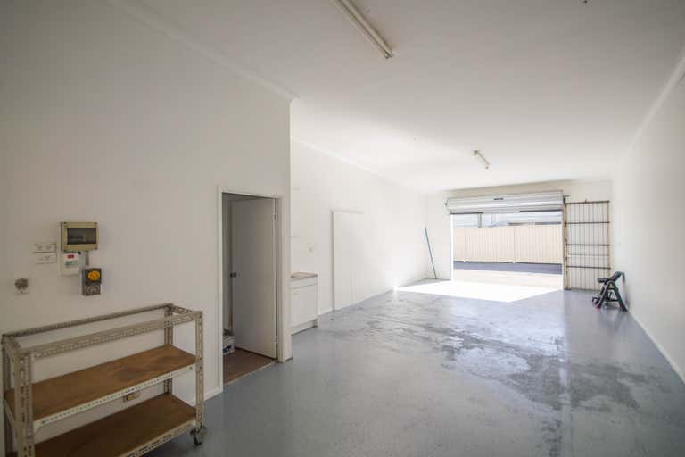 12/11 Bailey Crescent Southport QLD 4215 - Image 1