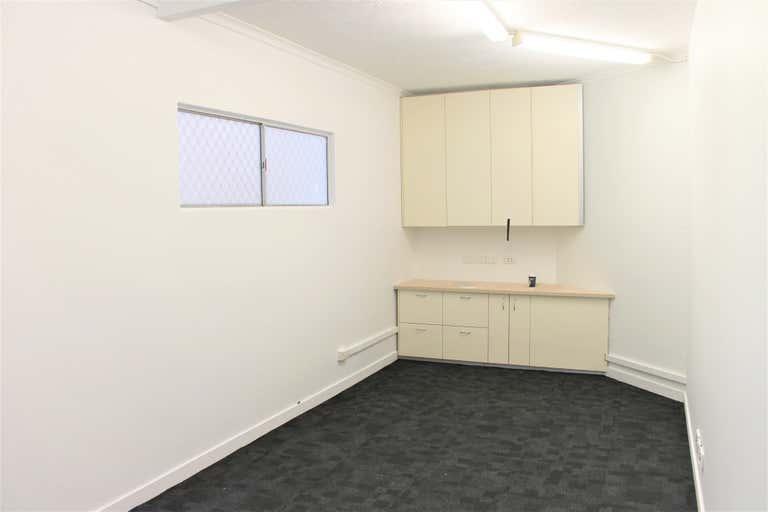 First Floor, 11D/20 Tedder Avenue Main Beach QLD 4217 - Image 2