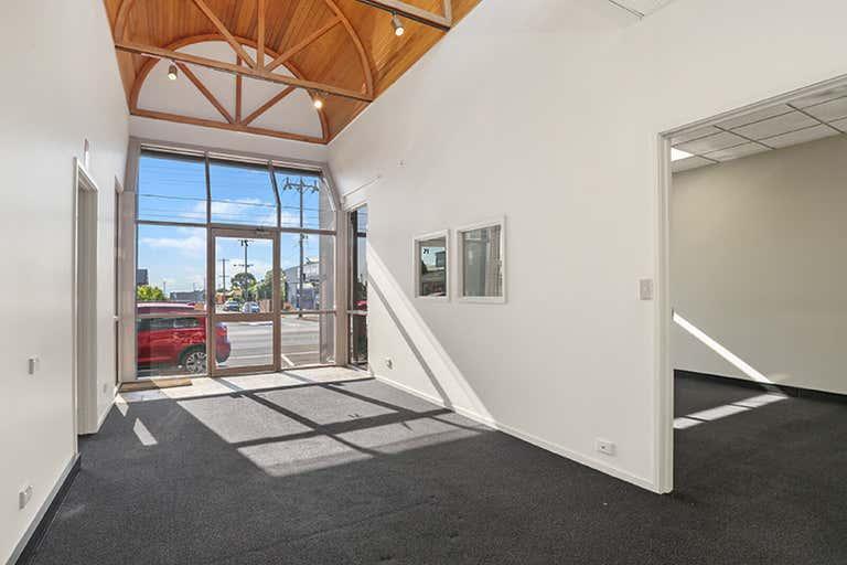 71 Pakington Street Geelong West VIC 3218 - Image 2